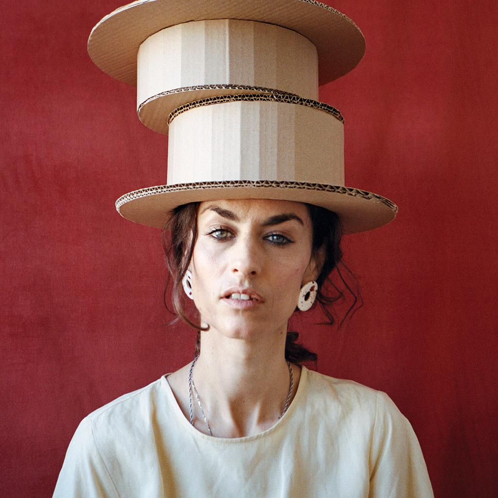 Pendientes cerámica aros salpicados Lola Verona